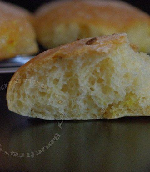 Petits pains rond, saveurs cumin et safran