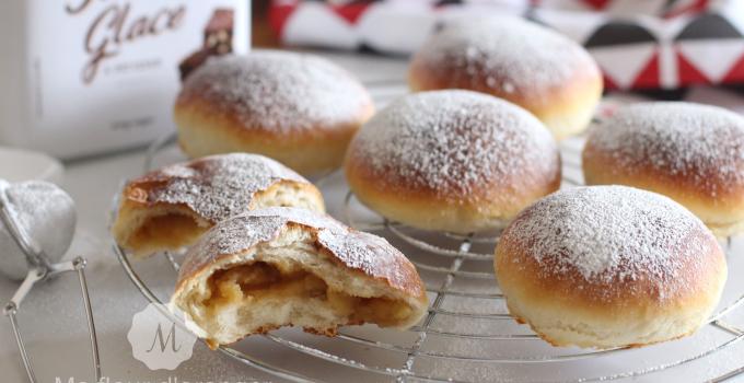 Petits pains briochés à la compote de pommes