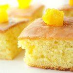 Gâteau moelleux à l'orange et à la vanille