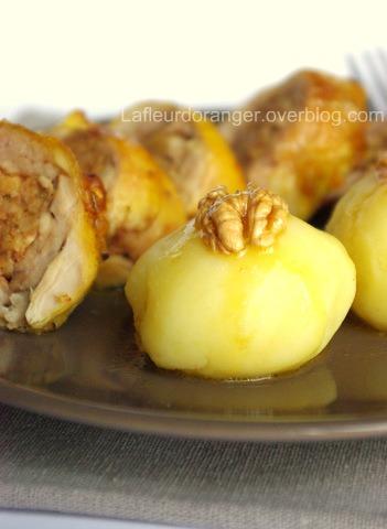 Cuisses de poulet farcies aux noix