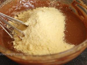 Gâteau fondant aux chocolat et poires