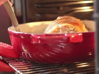 Gigot farci et cuit au four