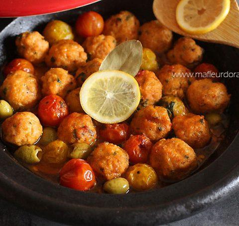 Boulettes de poisson au poivron et tomates cerise