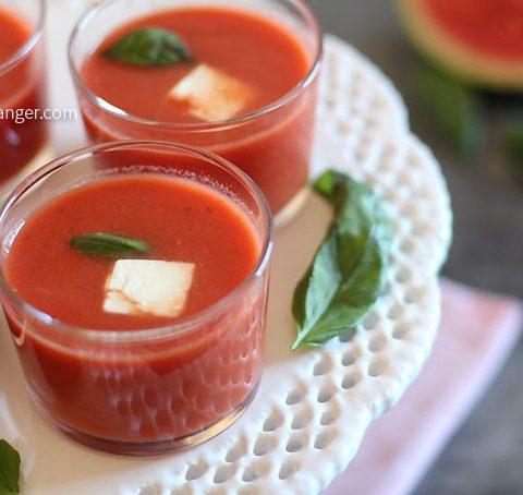Soupe froide de tomates et pastèque