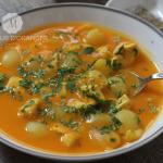 Soupe aux légumes et petits oignons